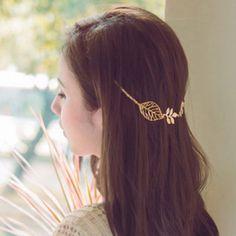 Stylish Leaf Embellished Solid Color Alloy Headband For Women