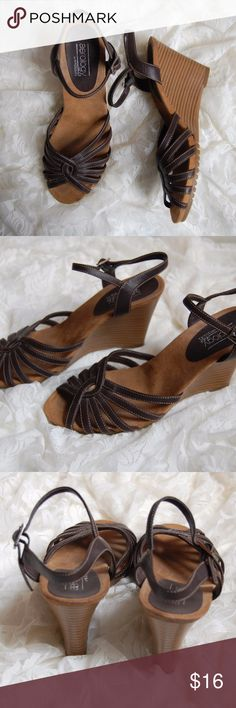 "Brown Wedge Sandals Aerology Buckle Ankle Strap Great pre-owned condition! No flaws Size 7.5"" Heel height 2.5"" Aerology Shoes Wedges"
