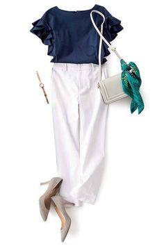 Petite Fashion Tips .Petite Fashion Tips High Fashion Dresses, 80s Fashion, Indian Fashion, Korean Fashion, Womens Fashion, Fashion Hacks, Classy Fashion, Fashion Fall, Work Fashion