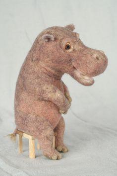 羊毛倉庫の日々, hippopotamus