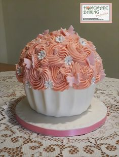 Giant Cupcakes, Cake Decorating, Desserts, Food, Tailgate Desserts, Dessert, Postres, Deserts, Meals