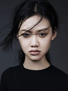 Jessie Li Wang. #fashion #portrait