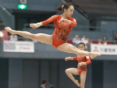 All sizes | Natsumi Sasada 笹田 夏実 (JPN) | Flickr - Photo Sharing! Gymnastics Poses, Amazing Gymnastics, Gymnastics Pictures, Sport Gymnastics, Artistic Gymnastics, Martial Arts Techniques, New Teen, Jogger Shorts, Cute Japanese