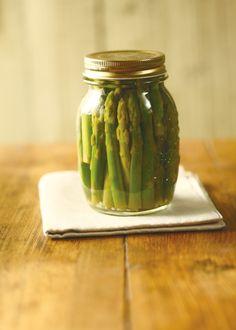 DIY Pickled Asparagus
