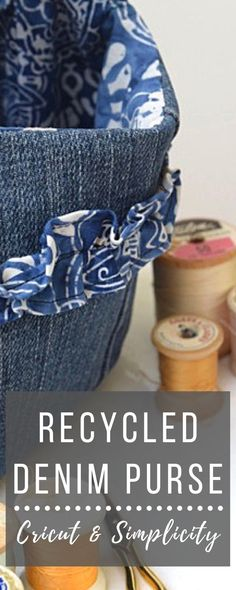 Recycled Denim Purse with Cricut and Simplicity - Chambray Blues Sewing Blogs, Easy Sewing Projects, Sewing Tutorials, Diy Denim Purse, Diy Purse, Recycled Denim, Recycled Fabric, Diy Recycle, Simplicity Sewing Patterns