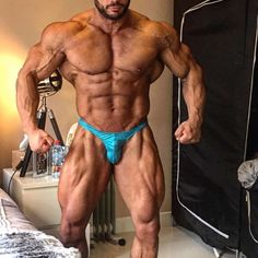 Hassan Osseili - Ifbb Mr.Australia 2016 - Ifbb Mr.Australasia 2017 - Ifbb Mr.NSW 2016 - Lebanon champion 2013,2014 - Bodyripped Sponsored Athlete - SC: Hassanoss www.facebook.com/osseili1