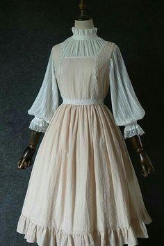 Old Fashion Dresses, Old Dresses, Vintage Dresses, Vintage Outfits, Fashion Outfits, Pretty Outfits, Pretty Dresses, Beautiful Dresses, Victorian Fashion