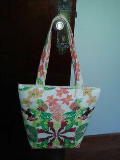 Bolsa de tecido feito por mim.  Bolsa em tecido patchwork.