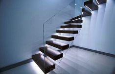 Консольная лестница со светодиодной подсветкой