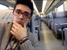 A beautiful selfie! Piero Barone ⭐️IL VOLO⭐️ on the train from Bologna to Parma!