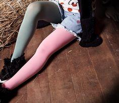 MEDIAS KAWAII pierna de cada color verde rosa 14,50€ envio gratuito!________________________________Compralo aqui https://www.facebook.com/Radicalclothes/photos/a.638175289573310.1073741836.629807997076706/717129725011199/?type=3&theater