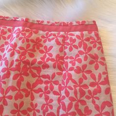 """Skirt ⭐️Linen/Cotton blend J. Crew skirt in good condition. There are some small pulls (see pic #2 for example)⭐️Dry Clean⭐️70% Linen & 30% Cotton⭐️Approximate measurements lying flat are: Waist 13"""", Length 20"""" & Slit 6""""⭐Colors are tan & coral. Selected orange as it's the closet option to coral⭐️No TradesNo PayPal J. Crew Skirts"""