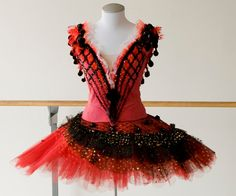 National Ballet of Canada www.theworlddances.com/ #costumes #tutu #dance