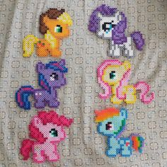 Baby My Little Pony perler beads by link_theloner Perler Bead Templates, Diy Perler Beads, Perler Bead Art, Pearler Bead Patterns, Perler Patterns, Little Poney, My Little Pony, Melting Beads, Fuse Beads