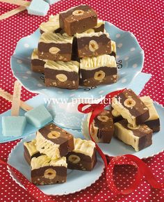 Pastry Chef, Cobbler, Gingerbread Cookies, Cheesecake, Food And Drink, Candy Bars, Latte, Desserts, Food Ideas