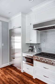 White Cabinets in Madison, NJ  https://www.kountrykraft.com/photo-gallery/white-shaker-cabinets-madison-nj-j101387/  #KountryKraft #CustomCabinetry #CustomKitchenCabinets