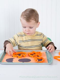 Halloween Tot Trays: Cookie cutter shape match (directions included in post).