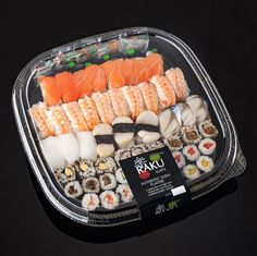Sushi Platter, Good Food, Yummy Food, Food Platters, Cafe Food, Food Packaging, Aesthetic Food, Food Gifts, Food Cravings