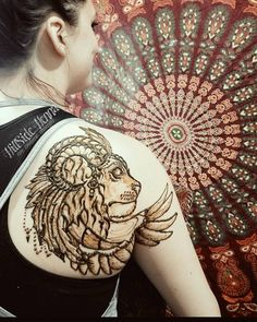 "38 Likes, 2 Comments - Katie Rose and Gail (@hillside_henna) on Instagram: ""Just did this piece for the lovely Cora Fox. #HillSide_Henna #polarspring2017 #hennalion…"""