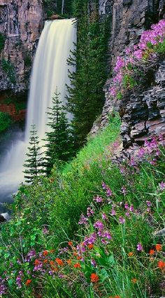Tumalo Falls in Deschutes National Forest near Bend, Oregon