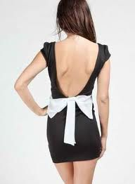 bow on the back of the dress