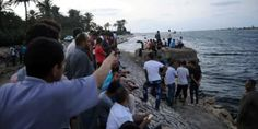 Boat carrying 600 migrants sinks off #Egypt, killing at least 43