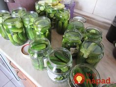 Uhorky bez sterilizácie Pickles, Cucumber, Mason Jars, Food And Drink, Canning, Vegetables, Diabetes, Red Peppers, Pickle