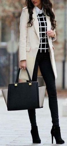 The Best Professional Work Outfit Ideas - Work Outfits Women Winter Boots Outfits, Winter Outfits For Work, Fall Outfits, Winter Office Outfit, Winter Work Clothes, Best Outfits, Flat Boots Outfit, Best Black Outfits, Black Booties Outfit