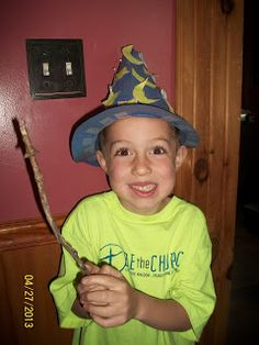 We read the book The Magic Hat by Mem Fox. It was a cute little book that was about a magic hat the flew around and whoever it landed . Harry Potter Activities, Magic Hat, Sorting Hat, Author Studies, Book Week, Book Nooks, Little Books, Read Aloud, Book Crafts