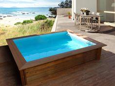 Mini piscina de madera Nika 2 x 2. Ideal para terrazas, áticos las mini piscinas permiten disponer de un espacio de baño climatizado todo el año.