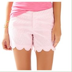 """Lilly Pulitzer scalloped gingham shorts Adorable """"Buttercup"""" shorts by Lilly Pulitzer. Seersucker appearance, although they are a poly/cotton blend. Has zipper, button and hook and eye closures in the front. Shorts measure 12"""" from top of waistband to bottom of scallops. Lilly Pulitzer Shorts"""