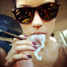 Stoner Girls Smoking Weed Photo Collection #2 (Gallery)