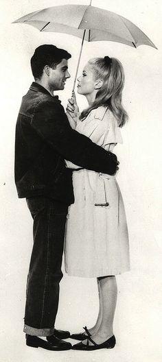 Catherine Deneuve, Nino Castelnuovo - les parapluies de cherbourg (Jacques Demy, 1964) Palme d'or en 1964