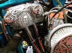 Beautiful Knuckle rocker box. Custom Motorcycle Parts, Motorcycle Shop, Harley Davidson Chopper, Harley Davidson Motorcycles, Metal Engraving, Custom Engraving, Cool Motorcycles, Vintage Bikes, Motorbikes