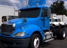 #2009 #Freightliner #Columbia #daycab #wholesaletrucktrader http://www.intertrucksusa.com/Truck/View/ff97278c-a619-48f0-ace7-3c24b74d9eee …