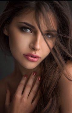 Just Beautiful Faces Dead Gorgeous, Most Beautiful Eyes, Gorgeous Women,  Brunettes, Cars 4bd9d8e7e06c