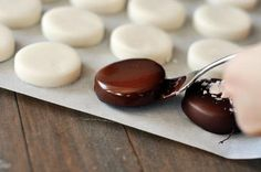 Cute, delicious, and perfect for the holidays, these homemade peppermint patties are so easy to make (video tutorial included in post!).