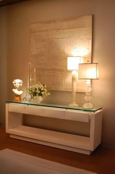 Contemporary console tables are essential to design pieces in any modern interior, a modern console table is a bright addition to a living or dining room. Home And Living, Living Room, Interior Decorating, Interior Design, Hall Interior, Modern Interior, Style At Home, Entryway Decor, Sweet Home
