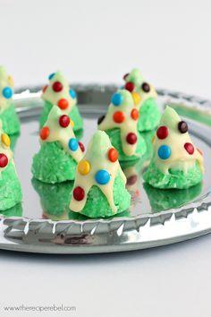No-Bake Christmas Tree Cookies - The Recipe Rebel