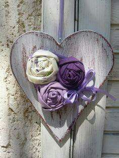 *Fabric roses on a wooden heart!