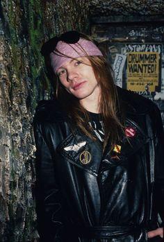 Axl Rose, Guns N Roses, Best Rock Bands, Cool Bands, Rock N Roll, Rose Tumblr, 80s Rock, Steve Perry, Classic Rock