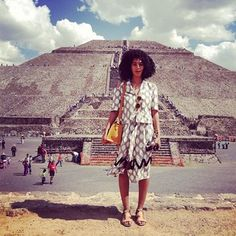 When she out-shined the pyramids. | 29 Times Solange Led The Carefree Black Girl Movement
