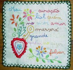 Lovers Tissue traditional from Minho (Lenço dos Namorados)