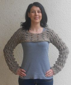 Knitted Browny cropped sweater/alpaca/ shrug