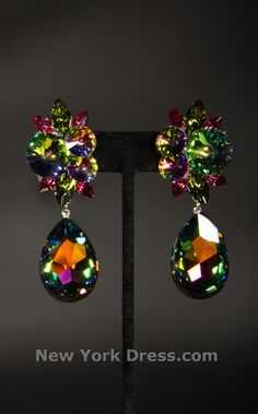 Jason J905 – Floral burst volcanic crystal stone earrings by Jason $75
