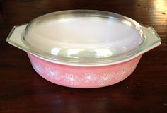 Vintage Pyrex Pink Daisy 2 1/2 Quart 25 QT with by TheRevivalTent
