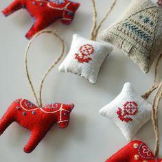 Swedish Needle point decorations, felt Dalas