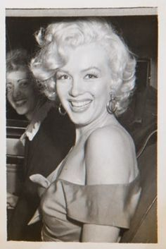 """""""A rare photograph of Marilyn Monroe, """" Hollywood Divas, Hollywood Stars, Art Marilyn Monroe, Baseball Match, Drake, All Star, San Diego, Le Chef, Norma Jeane"""