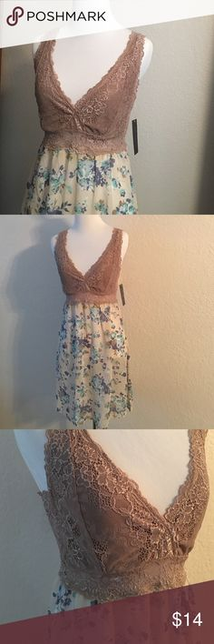 Cute sleep gown Brand new! Floral and tan lace cute and sexy!! Intimates & Sleepwear Chemises & Slips
