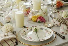 Centro de Mesa com Flores, Velas e Bowls